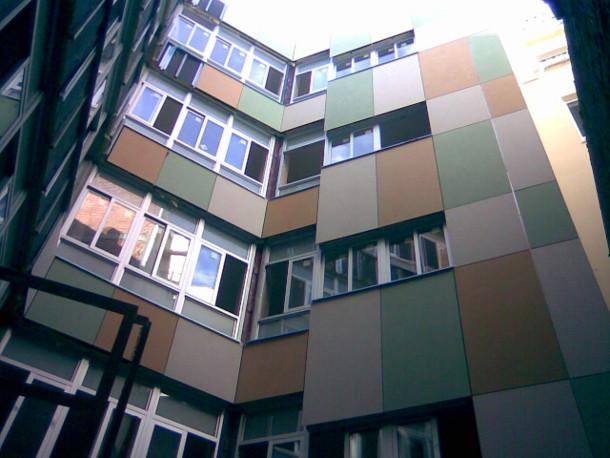 Edificio de Apartamentos en C Carreteras Malaga